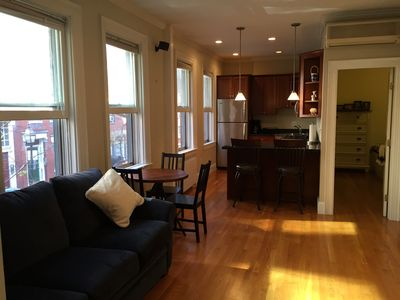 Photo for Spacious, bright full 2 Bedroom Condo
