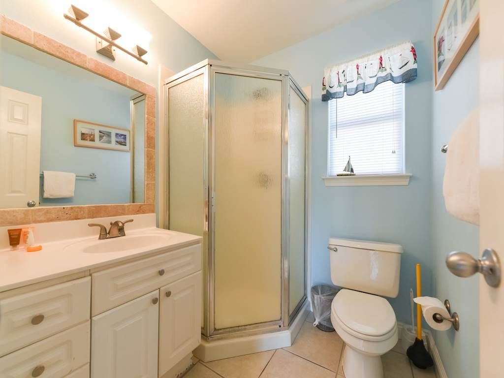 floor fl cottages property more nantucket bedroom close destin image to beach ha rainbow ground and