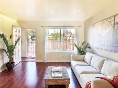 Photo for Renovated Lovely Modern House, Easy Acess to BART & SF