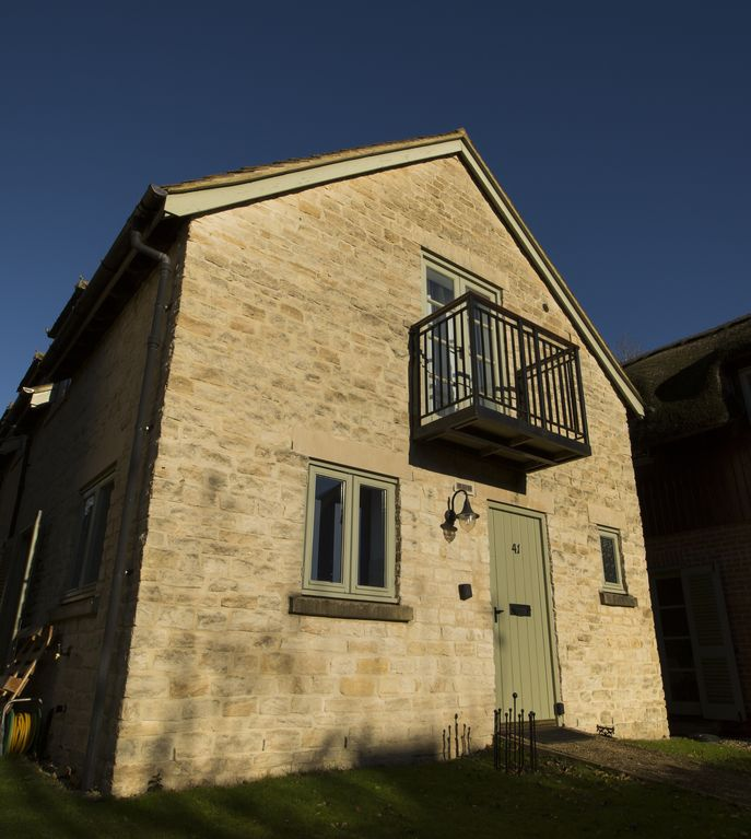 Pet friendly contemporary cotswold stone cottage with - Pet friendly cottages with swimming pool ...