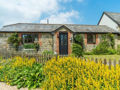 Photo for 2 bedroom Cottage in Godshill - IC085
