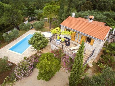 Photo for House in the center of Rasopasno with Parking, Internet, Air conditioning, Pool (496054)