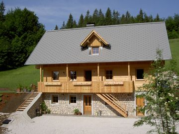 Luxury spacious apartment in the Triglav Nat. park, near lake Bled and Bohinj