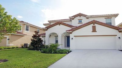 Photo for Near Disney World - Solterra Resort - Feature Packed Spacious 6 Beds 6 Baths  Pool Villa - 7 Miles To Disney