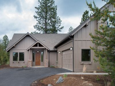 Photo for 41 Caldera Cabin: 4 BR / 5 BA cabin in Bend, Sleeps 10