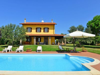 Photo for 2 bedroom Villa, sleeps 6 in Fiordini with WiFi