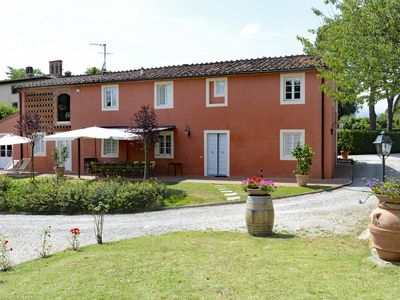 Photo for Charming 6 bedroom House in Lucca (Q6747)