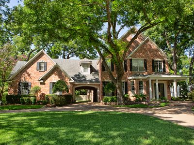 Photo for Traditional home in historic neighborhood in the most historic city in Texas