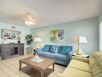 Photo for Close to the Beach, no car needed, recently remodeled, and a King Size Bed!  mcA
