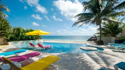 Ahhhhh....a relaxing paradise! Waiting just for you!
