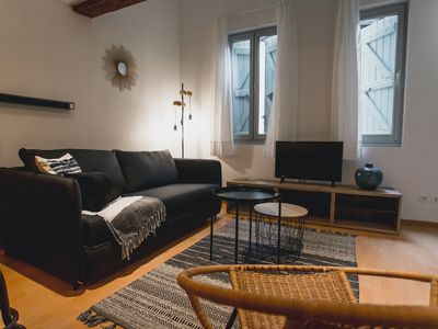 Photo for Modern and renovated flat in Carmes district