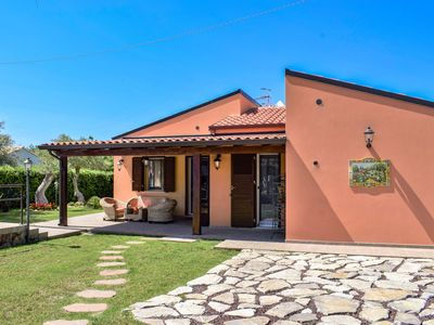 Photo for Wonderful private villa for 6 people with private pool, A/C, WIFI, TV and parking