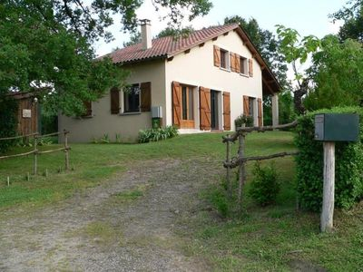 Photo for Gite Lacapelle-Marival, 5 bedrooms, 9 persons