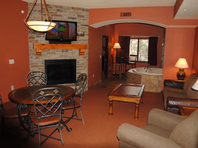 Photo for Beautiful 3 Bedroom Condo. Summer stays include up to 12 Noah's Ark passes