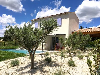 Photo for Provencal villa with private pool