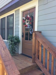 Photo for Lakefront, sleeps 6-14, 20 min to Fayetteville. Family lake time!