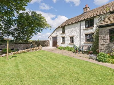 Photo for 2 bedroom property in Tideswell. Pet friendly.