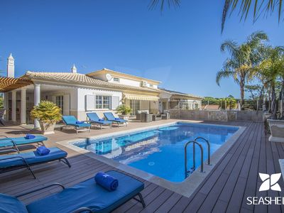 Photo for 4BR Villa Vacation Rental in Olhos de Agua