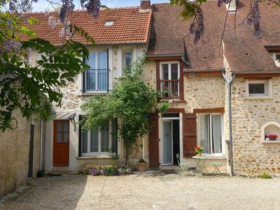"Photo for ""La Maison de Sophie"" quiet and comfortable cottage, near Paris, RER, bus"