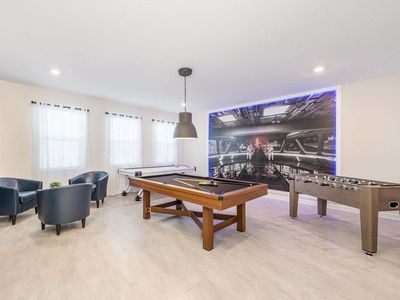 Photo for Beautiful 6 bedroom Home with game room