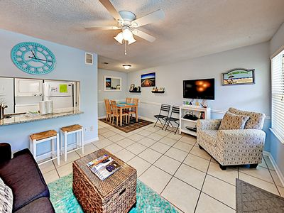 Photo for TurnKey - Seabreeze Condo: Pool, BBQ Area & Outdoor Shower, Steps to Beach!
