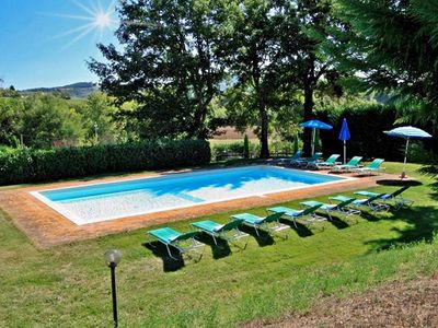 Photo for Lovely farmhouse with private pool & garden in Siena area up to 14 people