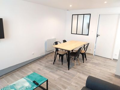 Photo for Townhouse 4/6 pers La Rochelle near station, port and beaches