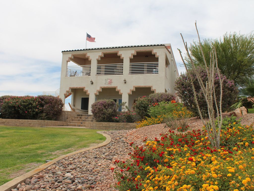 River House on the Water! -- Bring Your Wat... - VRBO