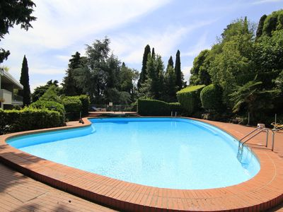 Photo for Nice one bedroom apartment in residence, swimming pool, terrace, wi-fi, A / C