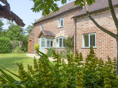 Photo for 3 bedroom accommodation in Abbots Morton