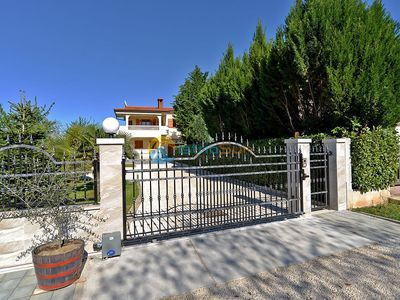 Photo for Apartment 344/791 (Istria - Valbandon), Pets welcome, 1300m from the beach