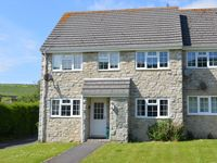 Self catering flat convenient for Lulworth Cove.