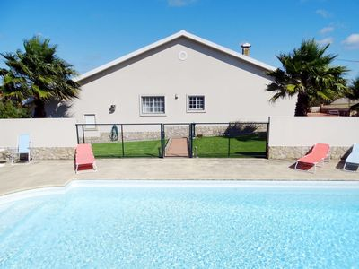 Photo for This 3-bedroom villa for up to 8 guests is located in Torres Vedras and has a private swimming pool