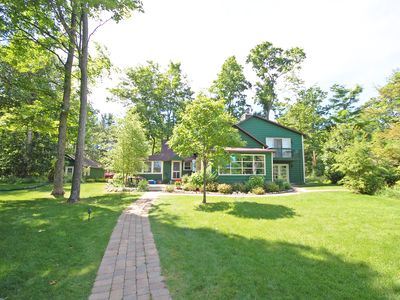 Photo for Beautiful, Classic, Little Glen Lake Cottage; 3BR/2.5BA; Acc: 10