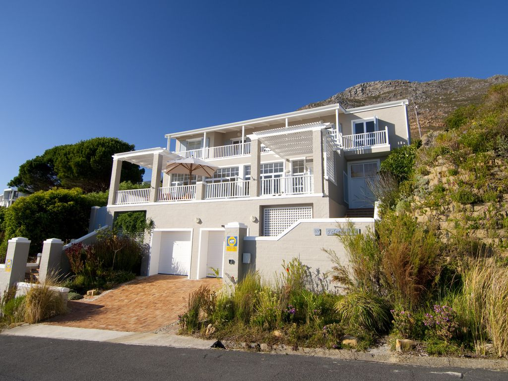 Luxury 4-star Villa in Simon's Town, South Africa; Superb Sea View
