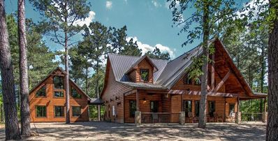 Photo for THE BIG CHILL-sleeps 14, Separate Game House, volleyball court