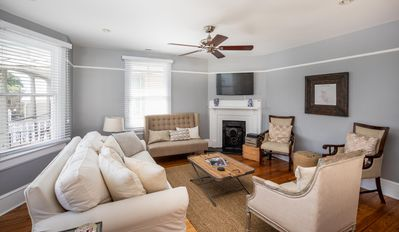 Family Room: Flat Screen TV & Pull Out Sofa