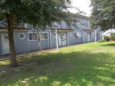 Photo for Lovely & Spacious Biloxi Beach 2 Bedroom Gem -   Special Weekly/Monthly Rates.