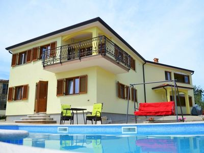 Photo for 2 bedroom Apartment, sleeps 6 in Frata with Pool, Air Con and WiFi