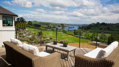 Photo for Lakeview Lodge Karapiro - Bijou Hamptons