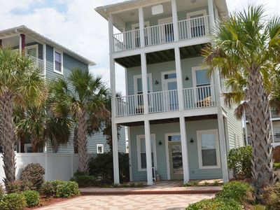 Photo for Ready to go after Hurricane!  Huge - 4 Bedroom/3 K, 2 Q, Bunks, +/ pool