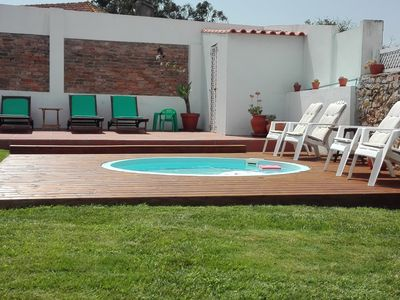 House with enclosed garden and swimming pool for children. Pets welcome.  4km from the sea - Alcobaça