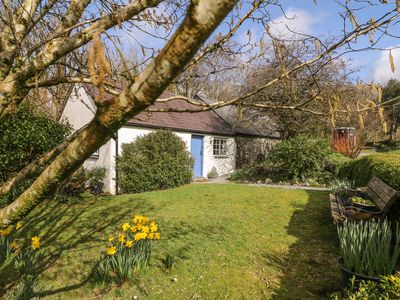 Photo for HAWTHORN COTTAGE, with open fire in Drefach Felindre, Ref 930004