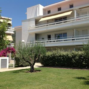 Photo for CHARMING T2 MODERN CLOSE TO THE BEACH AND THE PORT