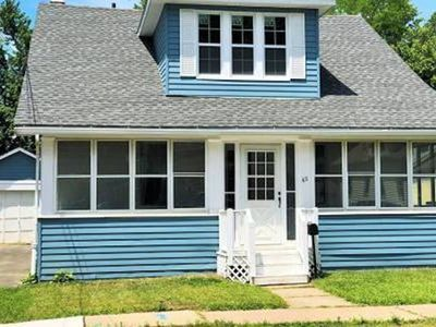 Photo for Trendy+Cozy Home 10 Min Ride to Downtown Hartford!