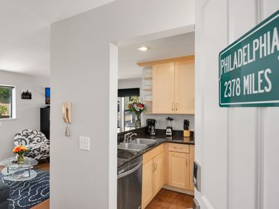 """Photo for Thomas Lodge """"Philly"""": newly renovated 1 bedroom"""