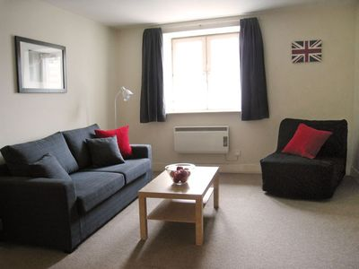 Photo for Great value, comfortable, zone 1, near river and London attractions, free wifi