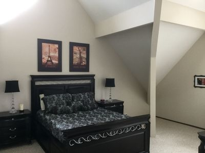 Second Story Master w Queen Bed. Full bathroom & Jacuzzi Tub w/Privacy Door.