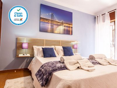 Photo for Sea, Surf and the City-Beach Apartment