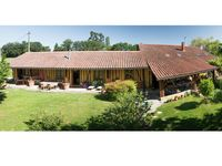 what a pleasant stay we have had in Caroline and Charles' Domaine à Marmande.